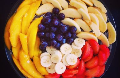 Salade de fruits : Banane fraise raisin mangue